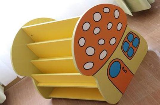 好的幼儿园实木家具应该选择哪种木材?