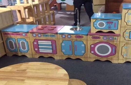 如何选购环保的幼儿园木制家具床?