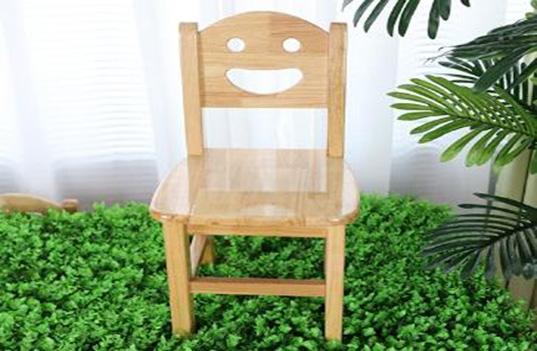 选购幼儿园木制家具时需要考虑哪些问题?