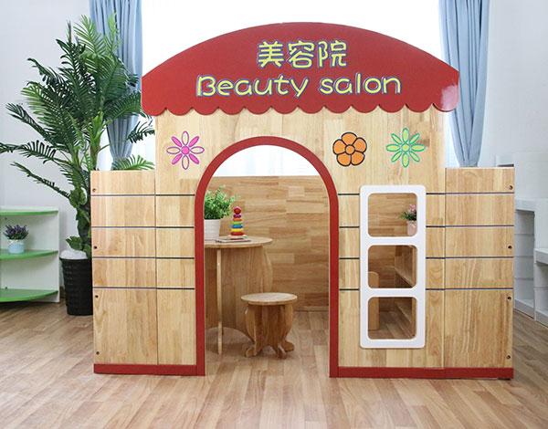 幼儿园实木娃娃家角色美容院扮演系列