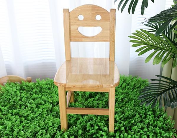 幼儿园家具实木卡通椅