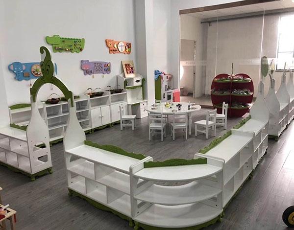 幼儿园区域实木活动组合柜