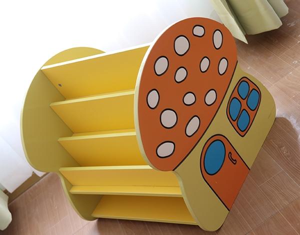 幼儿园家具实木蘑菇书架柜
